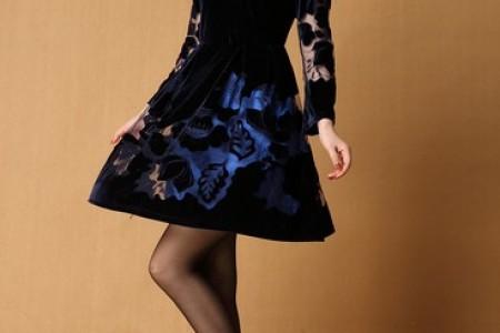 高腰连衣裙完美修身时尚