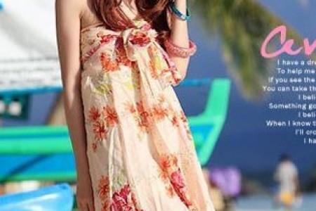 优雅灵动的印花筒裙