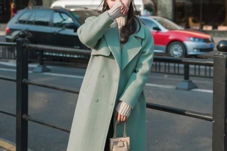 穿着大衣,冬天还会远吗