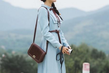 名人的魅力是第一位的,裙子优雅典雅,自带修身