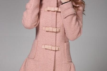 羊毛大衣显示出淑女的情操