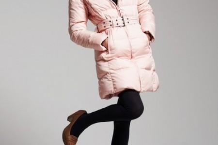 羽绒有助于在寒冷的冬天保暖