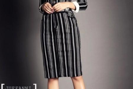 中长裙的清淡复古风格