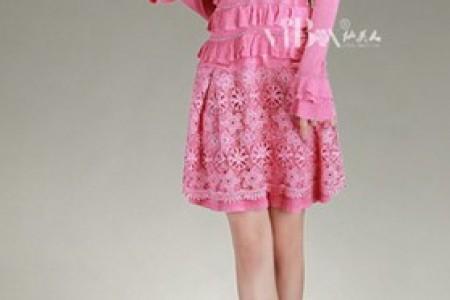 毛衣配连衣裙